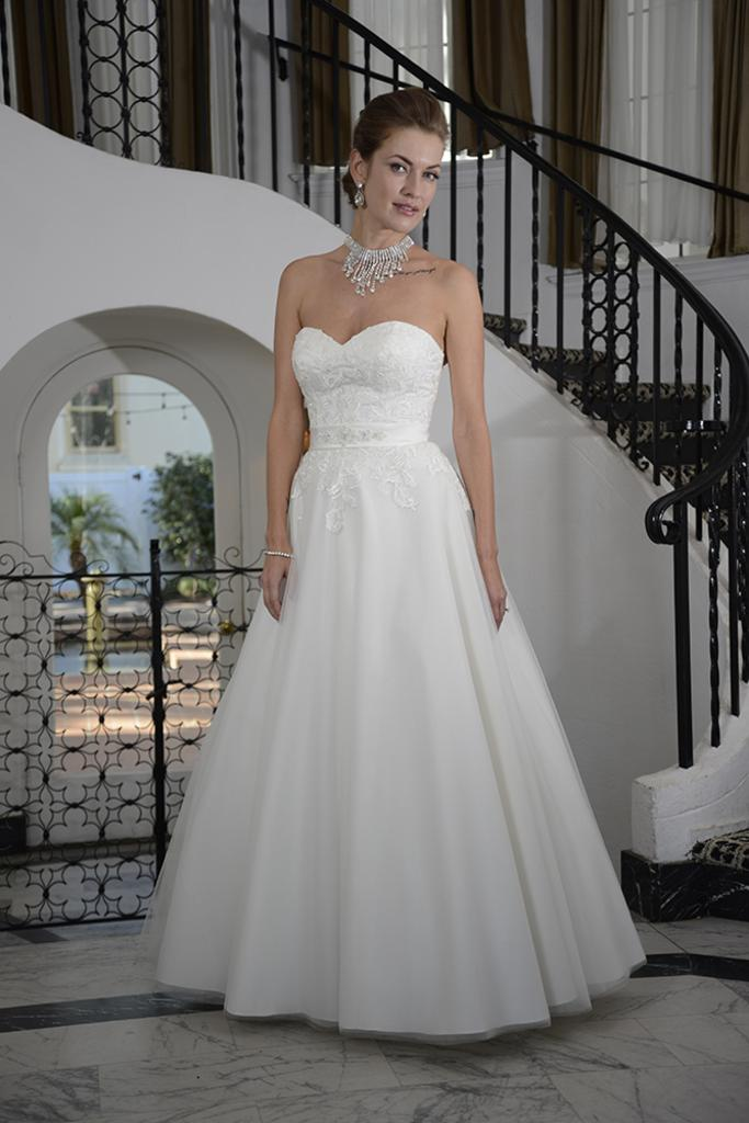 VN6907 - Strapless Sweetheart Neckline with Lace Appliques & Full Ball Gown Skirt Wedding Dress